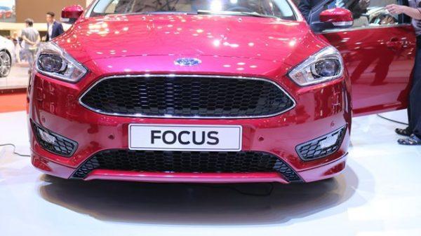 đồ chơi xe focus