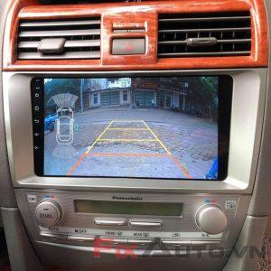 Màn hình theo xe camry